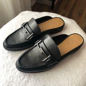 Black leather Franco Sarto slides